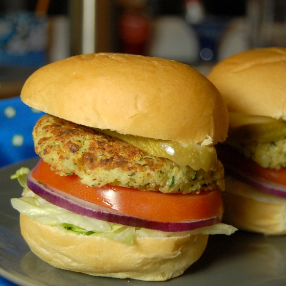 crispy quinoa sliders